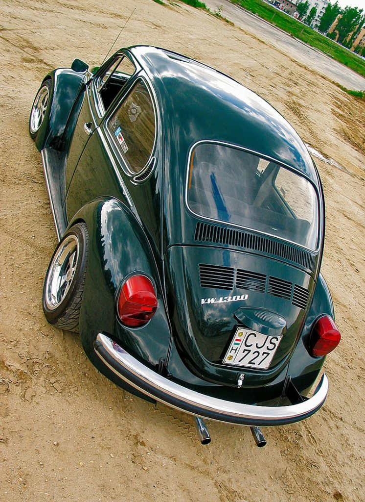 VW Bug with Fuchs wheels